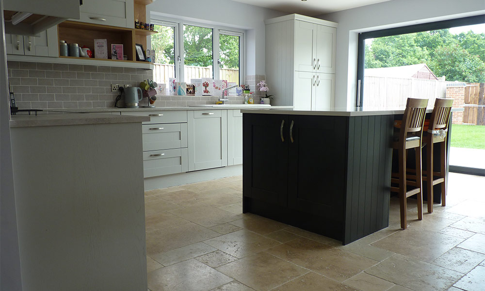 Sherborne Light Grey with Graphite - Real Kitchens ...
