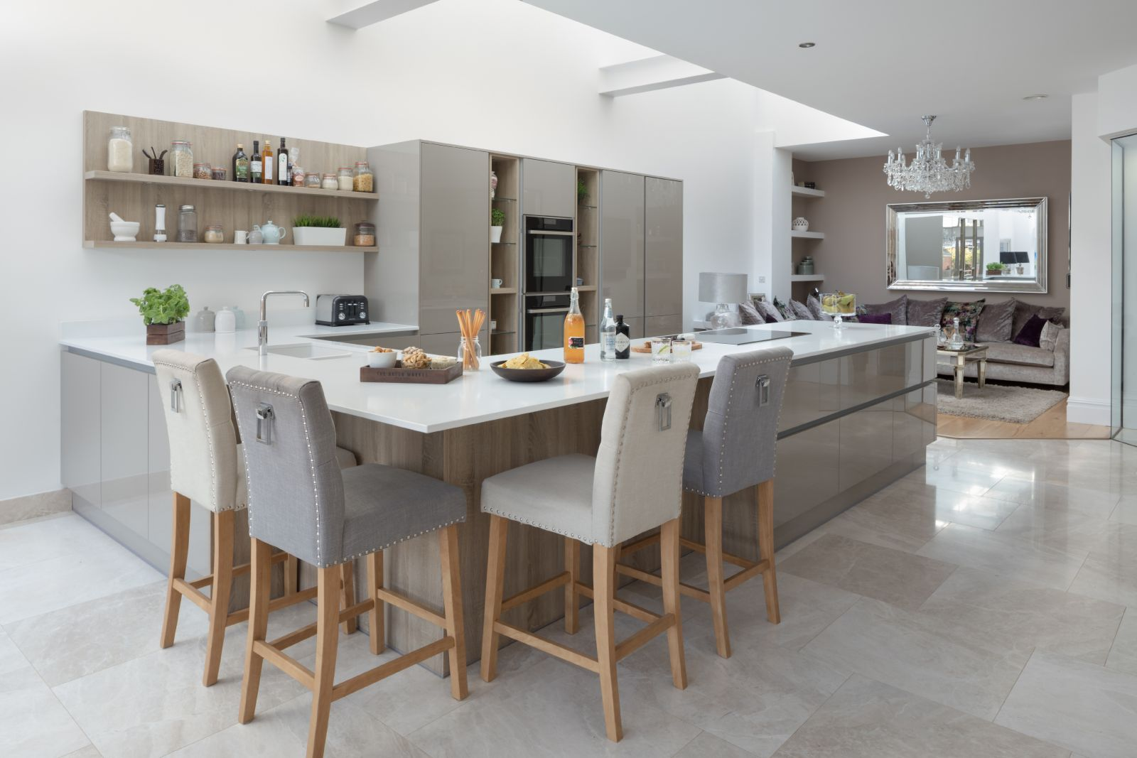 A U Shaped Handleless Kitchen Design, Cardiff