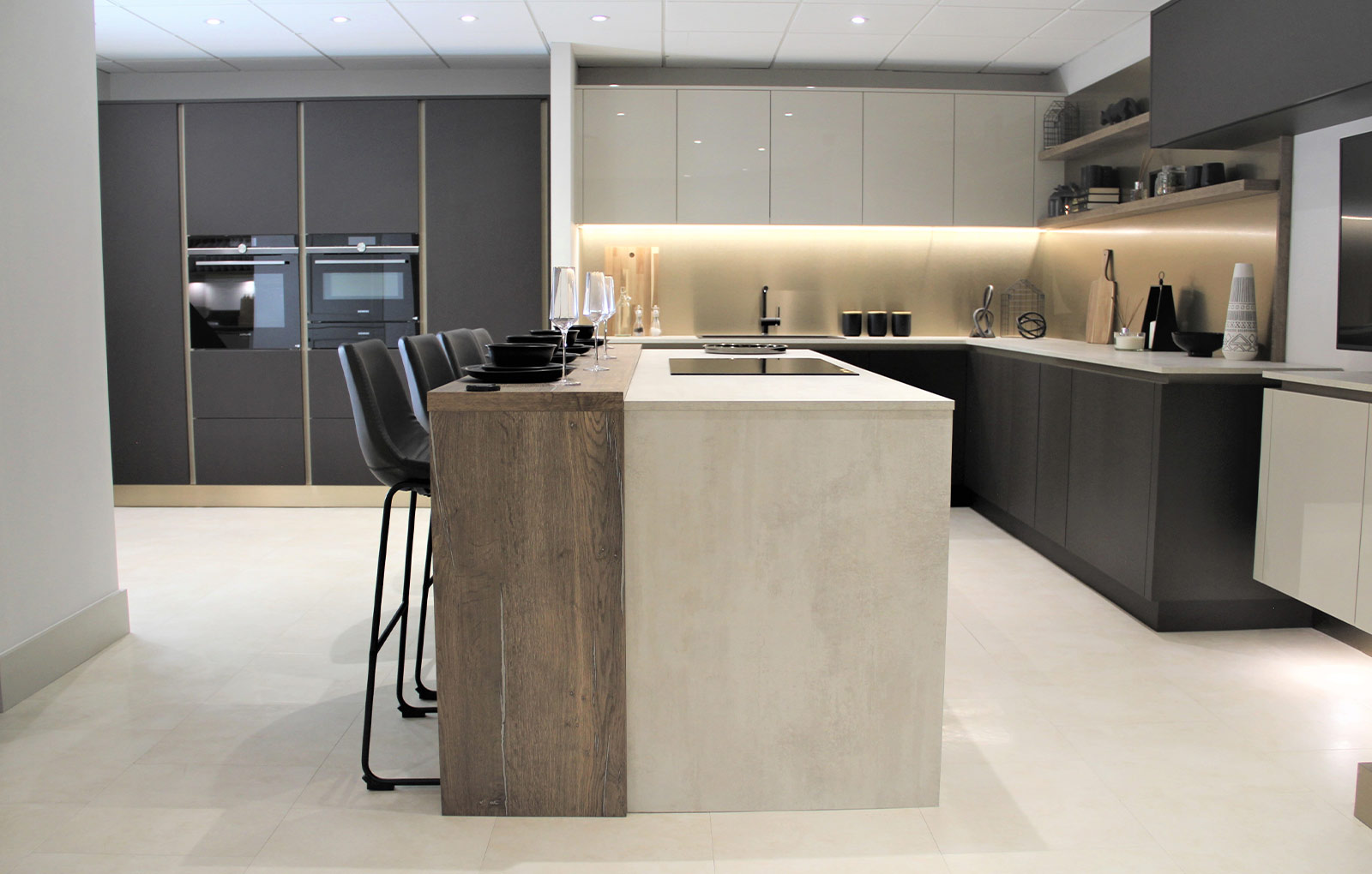 How To Design A Modern Luxury Kitchen Without Breaking The Bank Kitchen Inspiration Blog Masterclass Kitchens