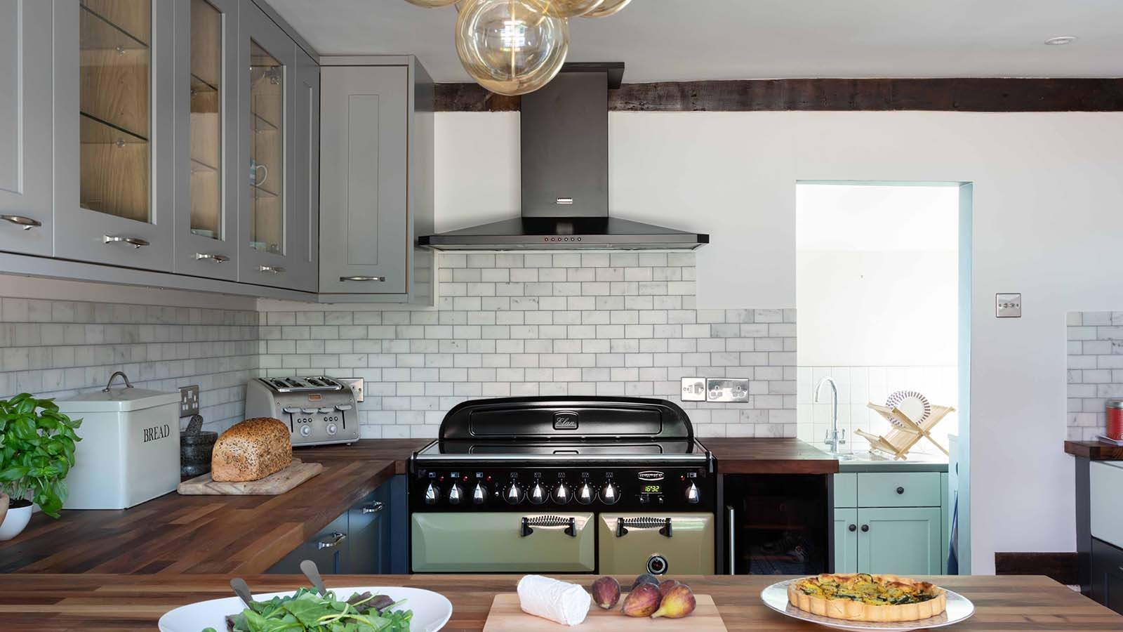 Kitchen Colour Ideas for Small Kitchens